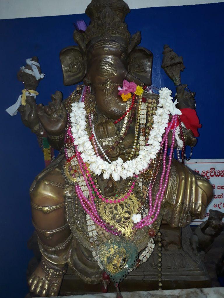 Urlaub SRI LANKA – YouTube www.ferien.lk