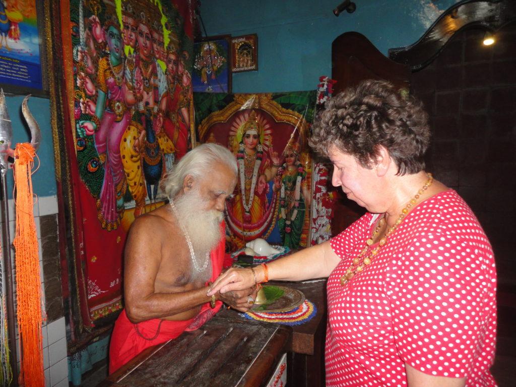 Info Sri Lanka  über Telefonich www.ferien.lk