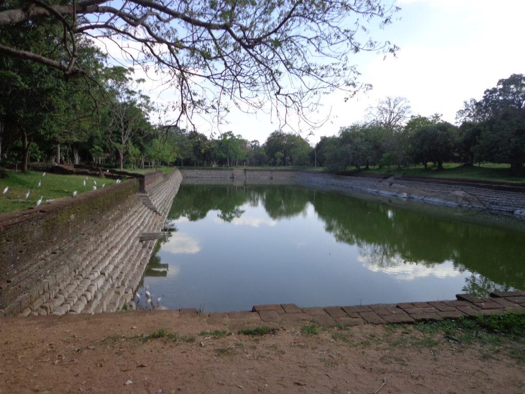 Sri Lanka Reise  Erfahrungen  über 25 jahren www.ferien.lk  Anuradhapura