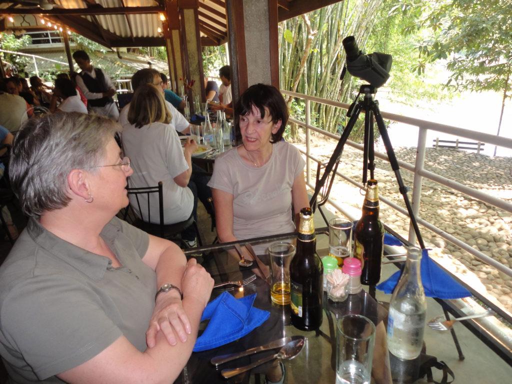 Holiday Tours Sri Lanka: höchste Qulität zu günstigen Preisen.  www.ferien.lk